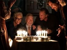 "Jamie Lee Curtis, Christopher Plummer, Don Johnson und Michael Shannon in ""Knives Out"""