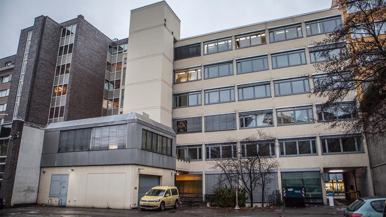 The haus berlin art bang das zum abriss freigegebene bankgebäude nahe dem kurfürstendamm