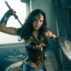 Wonder Woman (Bild: Gal Gadot) © 2016 Warner Bros. Entertainment Inc. and Ratpac-Dune Entertainment LLC /Clay Enos/TM & DC Comics